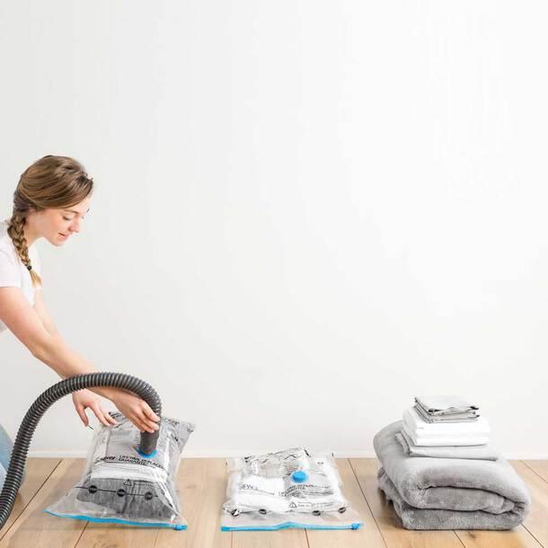 Vacuum Storage Bag Set (Pump + 5L:80x60cm + 1J)
