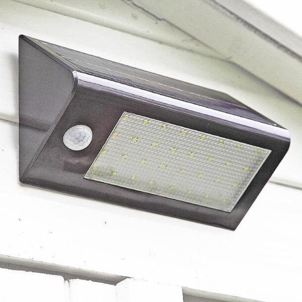 Wireless Solar Motion Sensor Light